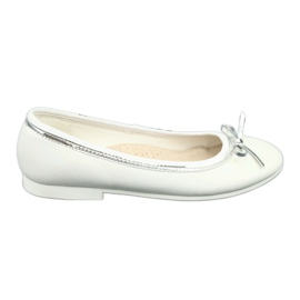 Ballerina's met strik, witte parel American Club GC29 / 19