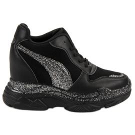 Zwarte sneakers met VICES Brocade