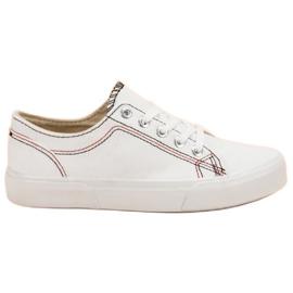 Kylie Witte sneakers
