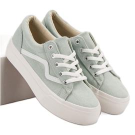 Kylie Modieuze groene sneakers