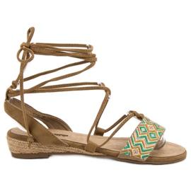 Corina bruin Gebonden sandalen