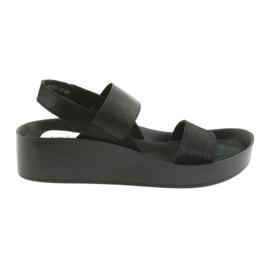 Filippo 767 geprofileerde zwarte sandalen