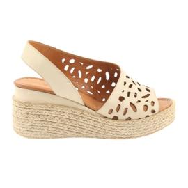 Sandalen op sleehak, Badura 4812 beige bruin