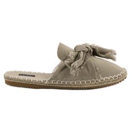 Bruin Ingebouwde VICES-slippers