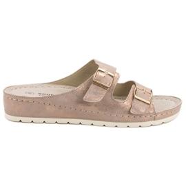 Goodin Slippers met gesp roze