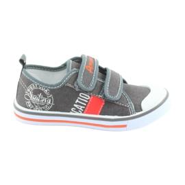 Klittenband sneakers American Club grijze jeans