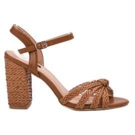Bruin Gevlochten VICES-sandalen
