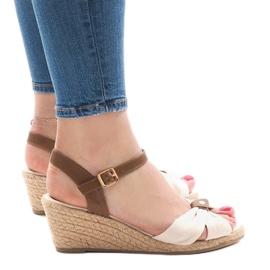 Bruin Beige sandalen op espadrilles met sleehak 1484-1