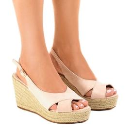Bruin Beige sandalen met sleehak en espadrilles 68-150