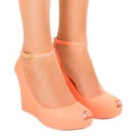 Oranje rubberen voetzolen ontdekten KM06-3
