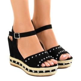 Zwarte sleehak sandalen parels 77-32