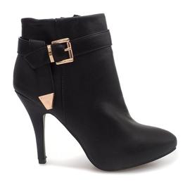 Elegante laarzen aan een speld 6-148 zwart