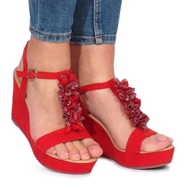 Rood Rode sandalen op de sleehak van Liris