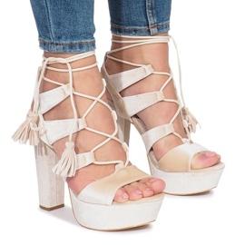 Bruin Grijze sandalen op een paal van One Love-velours
