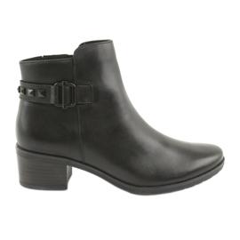 Caprice 25433 zwarte laarzen met zwarte studs