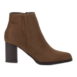 Filippo Suede Booties On A Bar bruin