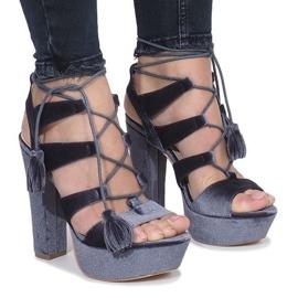 Grijs Grijze sandalen op een paal van One Love-velours