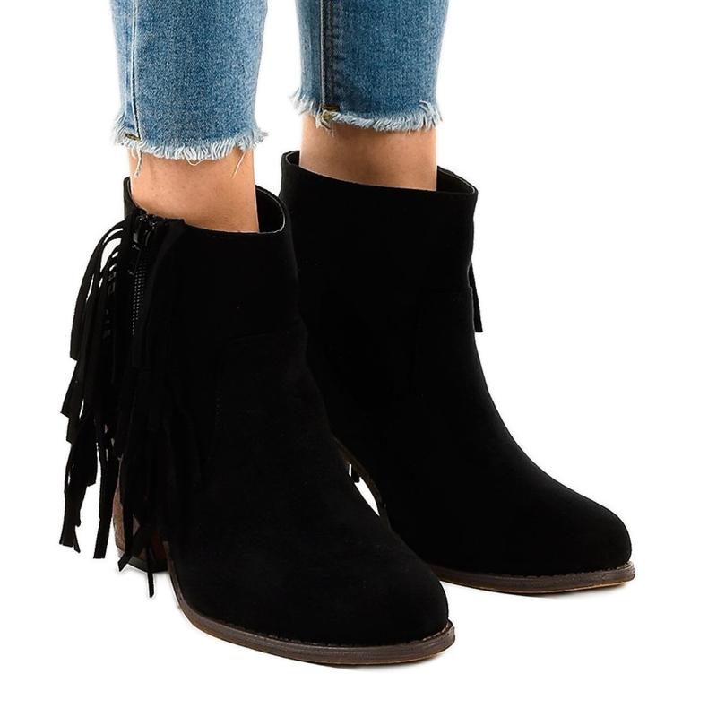 Zwarte suede boho boots op een paal FY8333