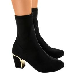Gemre Zwarte hoge laarzen op de post MJ1521