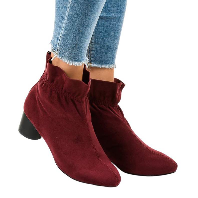 Bordeauxrode suède laarzen op een paal JM5512M rood