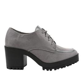 Grijze HQ651 laarzen op een stevige paal grijs