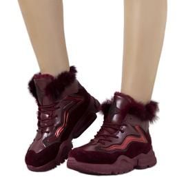 Geïsoleerde Bourgondische sneakers LS-2062 rood