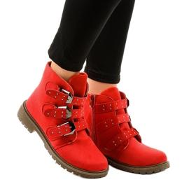 Rode suede platte laarzen met TL95-4 gespen rood