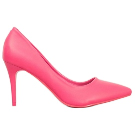 Kylie Roze pumps