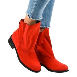 Geïsoleerde rode platte laarzen 6672-7 rood