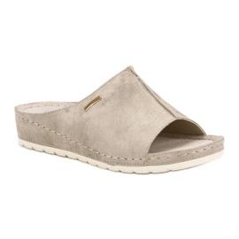Goodin Golden Slippers 3