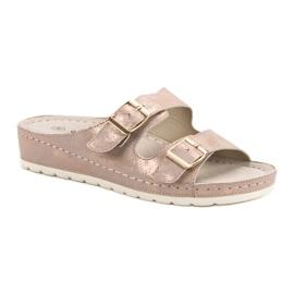 Goodin Slippers met gesp roze 3