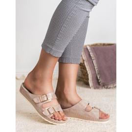 Goodin Slippers met gesp roze 8