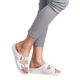 Goodin Slippers met gesp 6