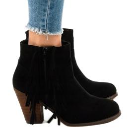 Zwarte suede boho boots op een paal FY8333 2
