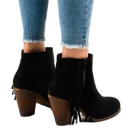 Zwarte suede boho boots op een paal FY8333 3