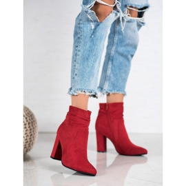 Ideal Shoes Suede Booties On A Bar rood 4