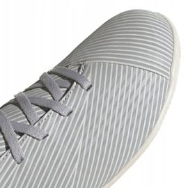 Adidas Nemeziz 19.4 In Jr EF8307 voetbalschoenen grijs oranje, grijs / zilver 3