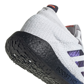 Adidas PulseBoost Hd M EG0978 schoenen grijs 1