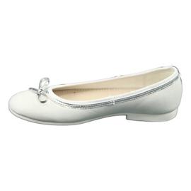 Ballerina's met strik, witte parel American Club GC29 / 19 1