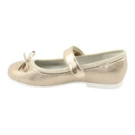 American Club GC02 gouden ballerina's met een strik beige 2
