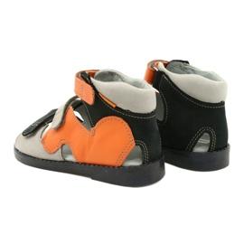 Hoge profylactische sandalen Mazurek 291 grijs oranje 2